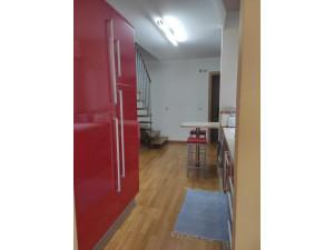 Venta piso tipo duplex en el centro