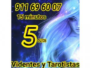 TAROT Y VIDENTES 30 MINUTOS 10 EUROS