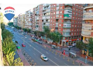 Venta de piso en Avenida General Primo de Rivera (Murci...