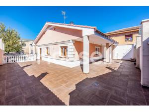Casa en venta de 424 m² Calle Doctor Braulio Aranda, 4...