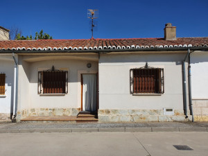 Adosada en Venta en Baltanas Palencia