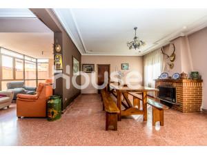 Casa en venta de 214 m² Calle José Antonio, 24792 La ...