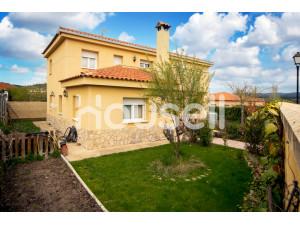 Casa rural en venta de 229m² en Calle la Sarguilla, 16...