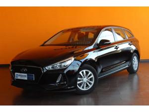 Hyundai i30 cw 1.6 crdi 110cv link