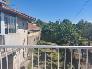 Se vende casa en Amoeiro, Ourense.