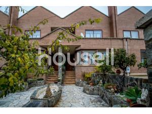 Casa en venta de 285 m² Avenida de Madrid, 26007 Logro...