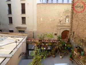 Coqueto piso en C/ Dormitaleria de Pamplona. 2º sin as...