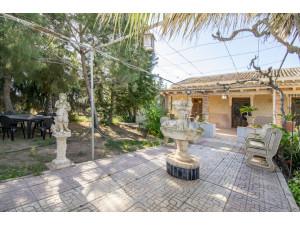 A menos de 12 km de Cartagena, en la zona de Miranda, f...