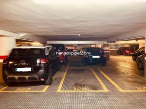 Parking en la calle Entença 24