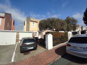 Venta de chalet en A Coruña, Urbanización Xardín de ...