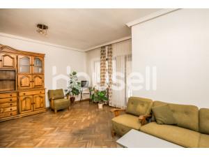 Piso en venta de 111 m² en Calle Doctor Fleming, 05001...