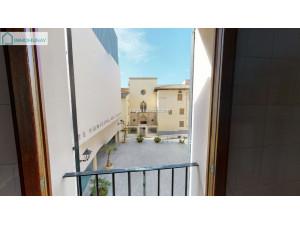 zona calatrava  3 habitaciones  y parking en la misma f...