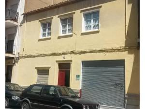 Vendo casa de 2 plantas en Albacete inversión y vivir