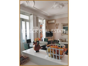PRECIOSO Y EXCLUSIVO INMUEBLE DE ESTILO AFRANCESADO EN ...